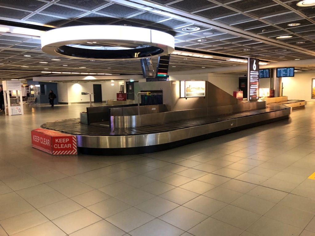 ダブリン国際空港 荷物受け取り所