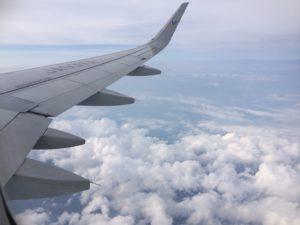 飛行機内からみた景色